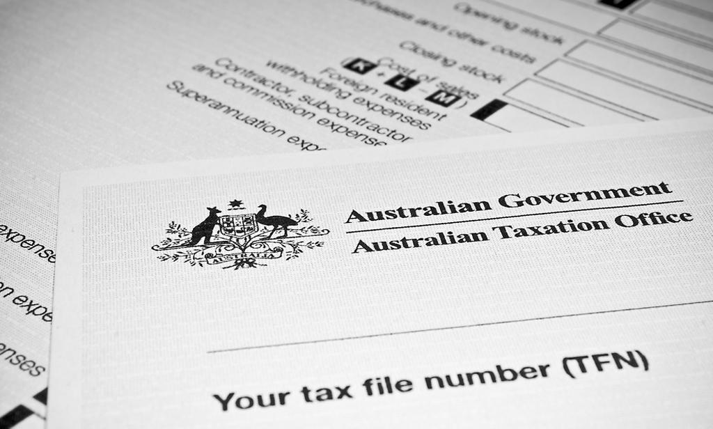 tờ giấy khai thuế của Úc