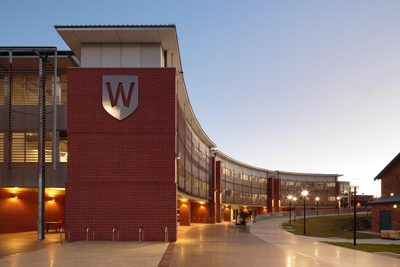 Đại học Western Sydney, Úc