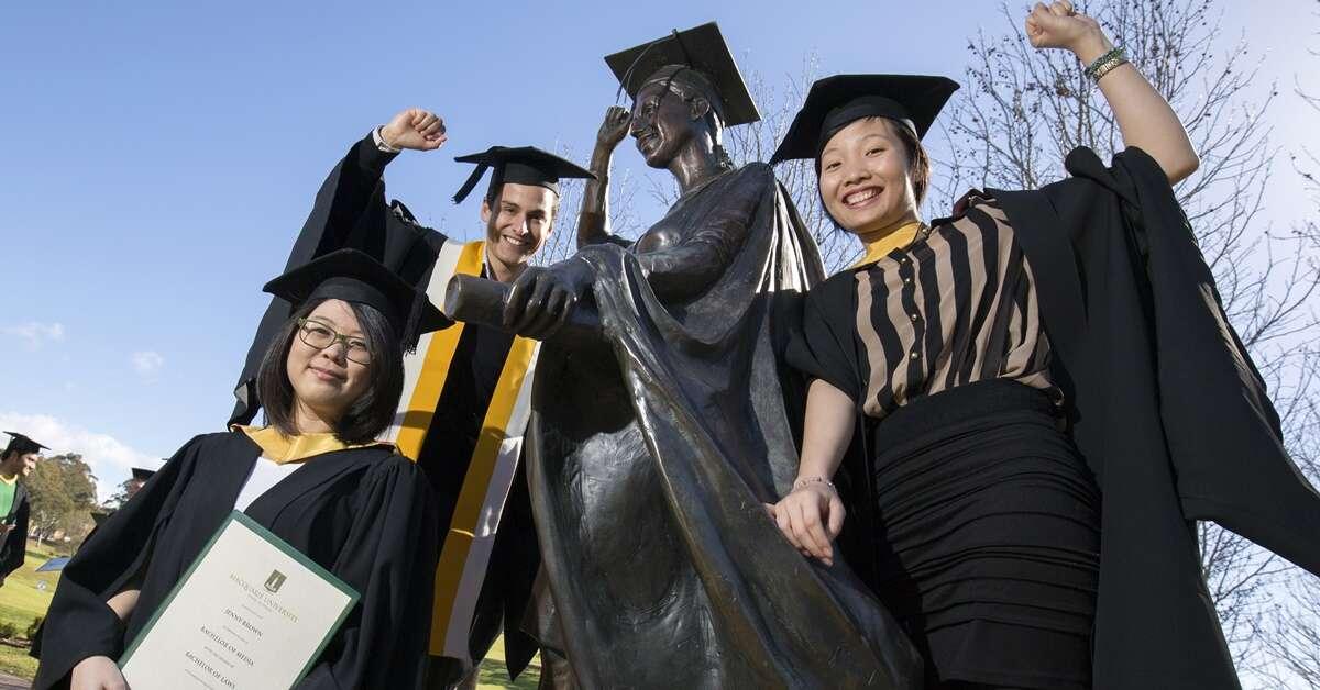 Ngành nghề nào tại Úc được tuyển dụng nhiều nhất dành cho sinh viên mới tốt nghiệp?